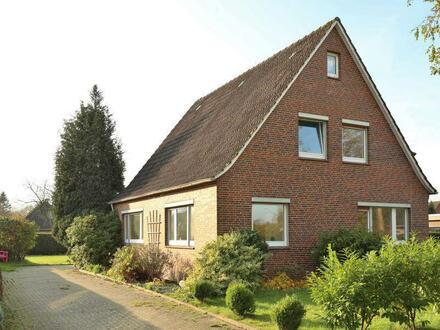 TT bietet an: Einfamilienhaus für die größere Familie in Schortens!