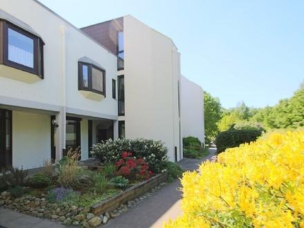 Modernisierte, sehr gepflegte 3-Zimmer-Maisonettewohnung mit Terrasse und Einzelgarage