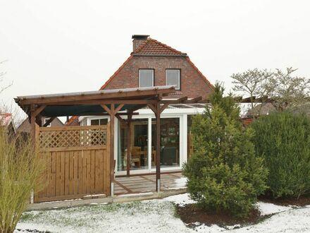 TT Immobilien bietet Ihnen: Modernisiertes Einfamilienhaus in Neustadtgödens!