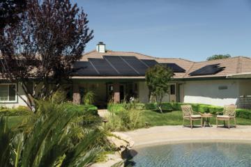 Dachsanierung und Solaranlage: Klimaneutrale Gebäude von oben gedacht