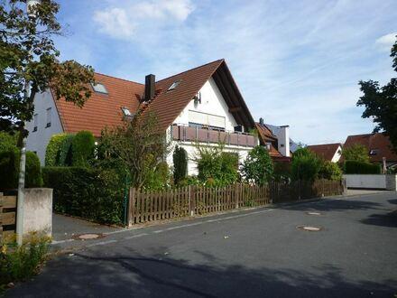 GESUCHT-GEFUNDEN 4-Zi-EG- Wohnung mit 483 m² Garten, Wintergarten, Einliegerwohnung und Garage!