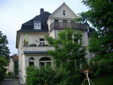 Achtung Eigennutzer! Tolle 2- Raum- Whg.mit Blk. u. Stellpl. in Hartmannsdorf unweit von Chemnitz!