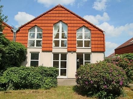 Doppelhaushälfte in ruhiger und doch zentraler Lage Oberneulands