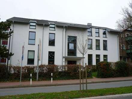 Im Zentrum von Porta Westfalica Hausberge Vermietung einer 2 - Zimmer Dachgeschosswohnung