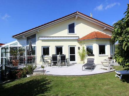 Einfamilienhaus mit Blick auf den Bodensee und den Pfänder