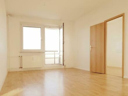 Lichtdurchflutete 2-Raum-Wohnung mit toller Aussicht