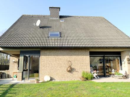 Top gepflegtes Zweifamilienhaus mit großem Garten in Horstmar