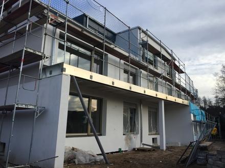Neubau: großzügige 4-Zimmer-Wohnung mit 24 m² großem Südbalkon