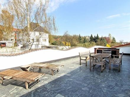Luxuriöses Wohnen auf ca. 230 m² in ruhiger Lage von Ebersdorf