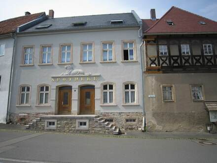 Wohnen in stilvollem Ambiente am Wildenfelser Schloss