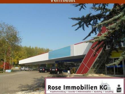 ROSE IMMOBILIEN KG: Hier werden Sie schon von der BAB 30 gesehen!!!!! Optimal für Möbel.