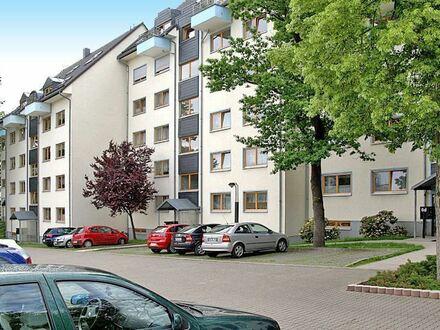 +++ Wohnen am Stadtpark - 2 Raumwohnung mit EBK und Balkon +++