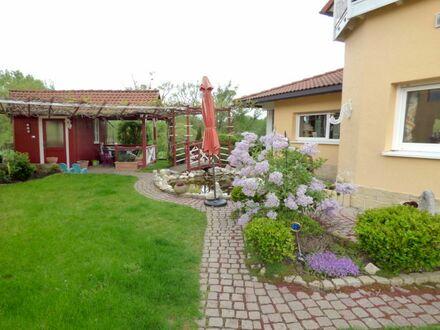 4 3 9. 0 0 0,- für 3 3 1 qm luxuriöses ZWEI- Familien- HAUS nur 20 km nördlich von Bamberg