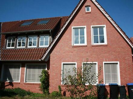 Papenburg: Großes Haus an der Russellstraße