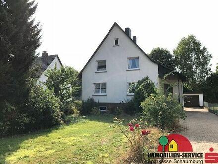 Zweifamilienhaus mit großem Grundstück in Steinbergen