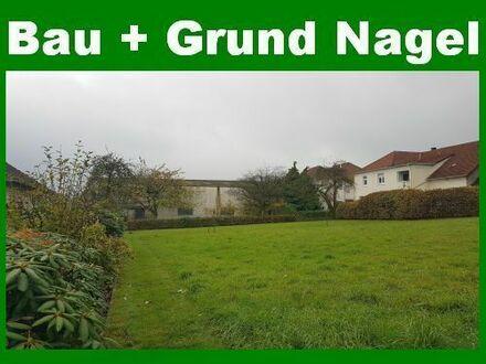 Großzügiges Baugrundstück in ruhiger Wohnsiedlung!