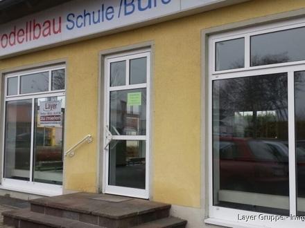 Layer Immobilien: Helles Ladengeschäft mit Nebenraum mitten in Untermeitingen!