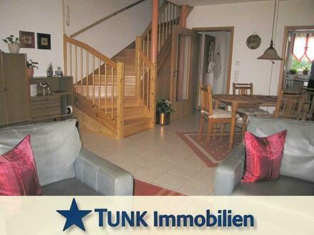 RMH mit 4 Zimmern, Terrasse und Garage in Karlstein!