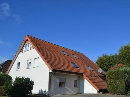 Mit Erwerb dieser 2-Doppelhaushälften, bestehend aus vier abgeschlossenen...