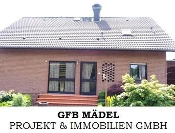 Schönes Wohnen in Leopoldshöhe - Einfamilienhaus mit zwei Einliegerwohnungen