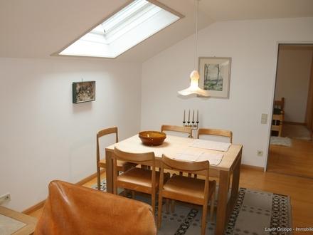 LAYER IMMOBILIEN: Helle und sehr gepflegte 2-Zimmer-Wohnung im idyllischen Etting bei Weilheim