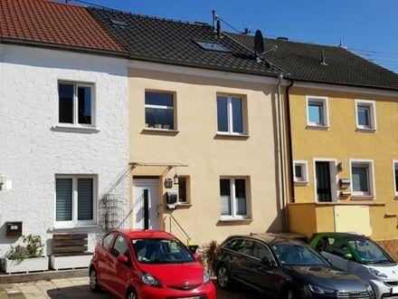 Saniertes RMH in sehr gepflegten Zustand in Schwalbach bei Saarlouis zu verkaufen