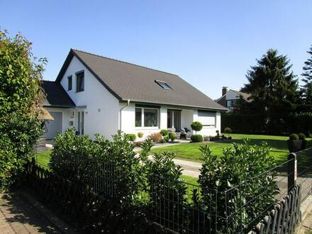 Umfangreich und hoch modern saniertes, erstklassiges Einfamilienhaus in Toplage von Ritterhude-Platjenwerbe