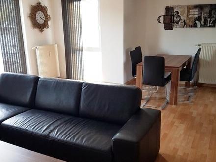 Möblierte Maisonette-Wohnung + Dachterrasse + EBK + Carport