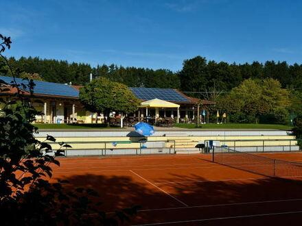 Unsere Club-Gaststätte in einer der schönsten Tennisanlagen in Oberbayern wartet auf neue Pächter