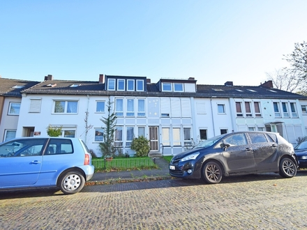 Utbremen / Kapitalanlage: Mehrfamilienhaus mit 6 Wohneinheiten