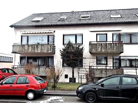 Gepflegtes 6-Familien-Haus