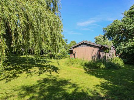 Idylle Pur! Erholungsfläche mit Gartenschuppen und Seeblick! 1812 qm Grundstück! Ruhige Lage!