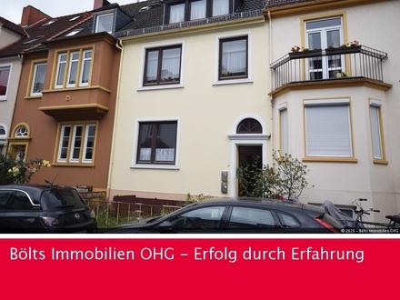 Solides Zweifamilienhaus in bester Lage der Bremer Neustadt