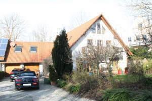 Schönes Einfamilienhaus für die große Familie mit hohem Freizeitwert.