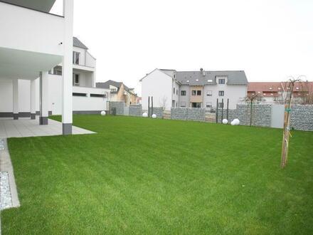 *** Haus/im/Haus *** 190 m² Erdgeschoss-Wohnung mit Garten & Doppelgarage