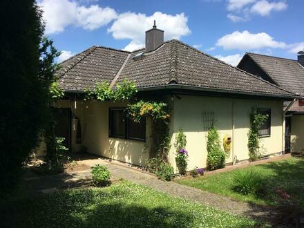 Einfamilienhaus mit hübschem Garten