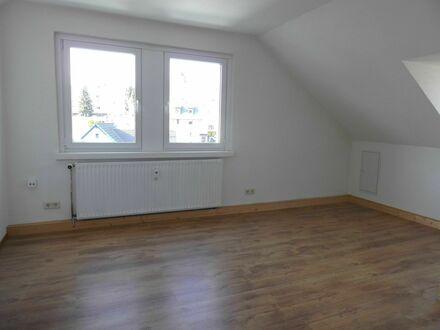 2 Raum Wohnung mit begehbarem Kleiderschrank