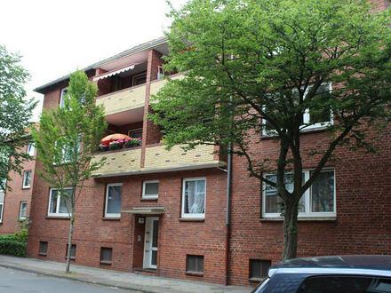 TT Immobilien bietet Ihnen: Gemütliche 3-Zimmer-Mietwohnung mit Balkon in Heppens!