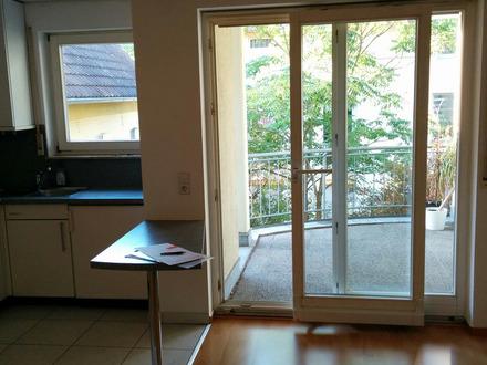 Kapitalanlage: Charmante Einzimmerwohnung, Einbauküche, Balkon, TG-Platz