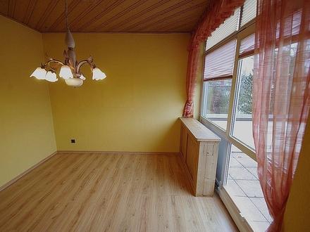 Einmalig! 3-Zimmer-Eigentumswohnung mit zwei Dachterrassen und Garage - Innenstadt