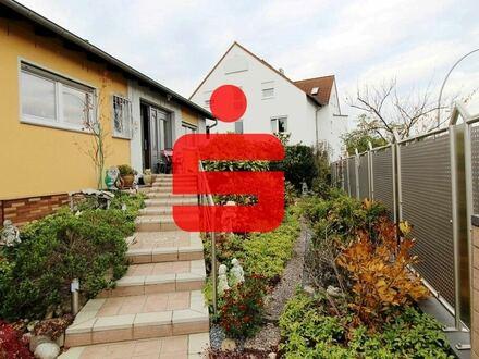 Großzügiger Bungalow mit Wintergarten und Terrasse