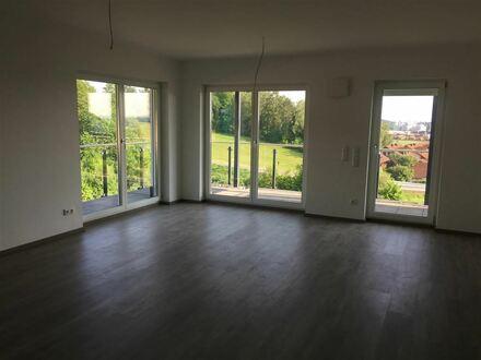 Helle und goßzügige Neubau 3 - Zimmer Wohnung in Hengersberg ! Keine Käuferprovision!