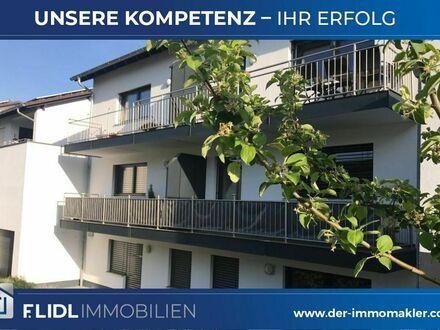 2 Zimmer Mietwohnung in 6-Fam. Haus / 1. Stock mit Balkon