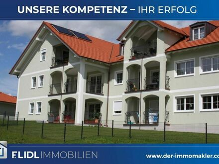 3 Zimmer Mietwohnung 1. Stock in MFH Haus / Tettenweis