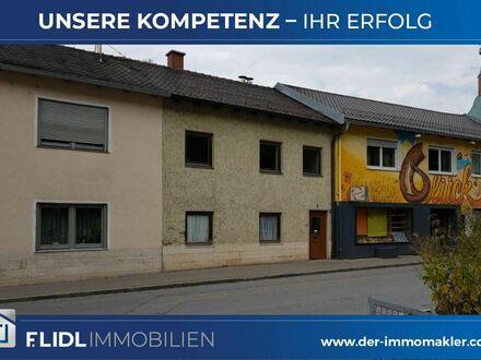 Stark renovierungsbedürft. Reihenmittelhaus Dingolfing/Stadt