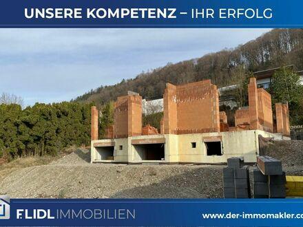 Winhöring Baugrundstück m. genehmigten Bauplan u. begonnenen Rohbau
