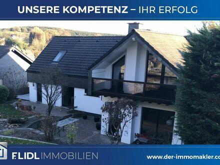 Marienheide - repräsentatives Ein-/Zweifamilienhaus zu verkaufen