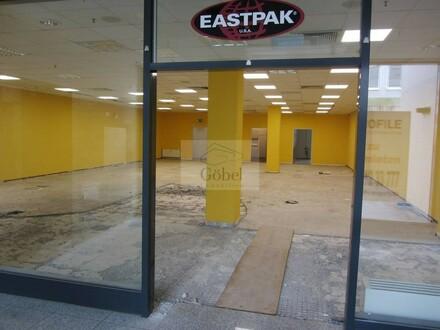 Einzelhandelsfläche in Einkaufszentrum in der Nähe des S-Bahnhofs Hennigsdorf zu vermieten