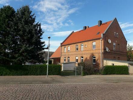 Ehemaliges Inspektorhaus (3 WE) der Domäne Gerlebogk