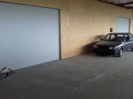 Lagerplatz in einer abgeschlossenen Halle 100qm